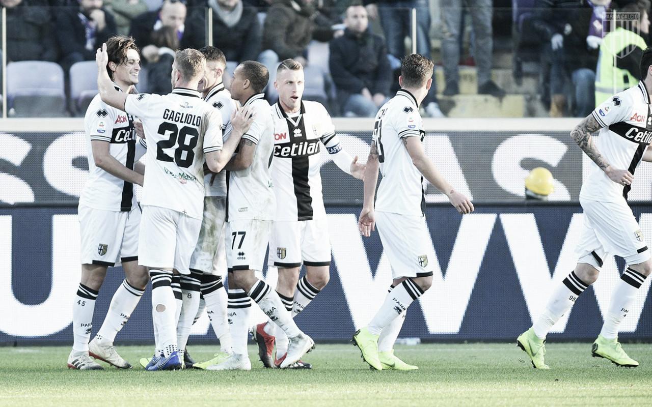 Vitor Hugo falha, é expulso, e Parma vence Fiorentina fora de casa