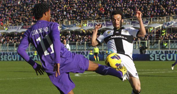 Amauri illude il Parma, Mati Fernandez inventa il 2-2 finale