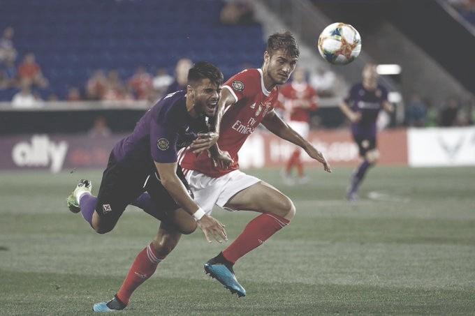 Brasileiro marca no fim e Benfica bate Fiorentina na International Champions Cup