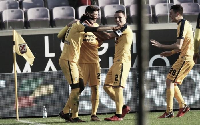 Verona goleia Fiorentina fora de casa e respira na luta contra rebaixamento