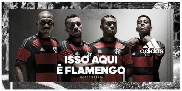 Flamengo lança nova camisa e estreia será no clássico com Fluminense