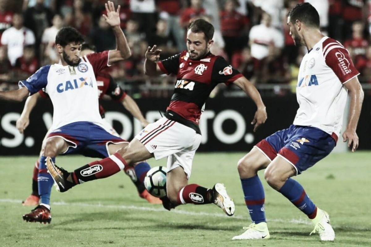 Embalados por vitórias, Flamengo e Bahia se enfrentam precisando superar longa lista de desfalques