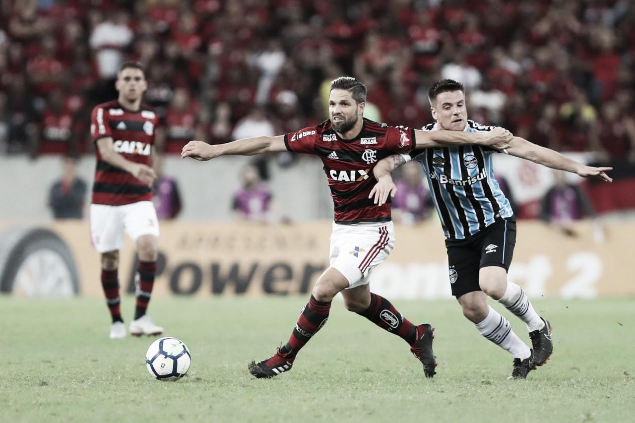 Ainda sonhando com o título brasileiro, Flamengo recebe o Grêmio