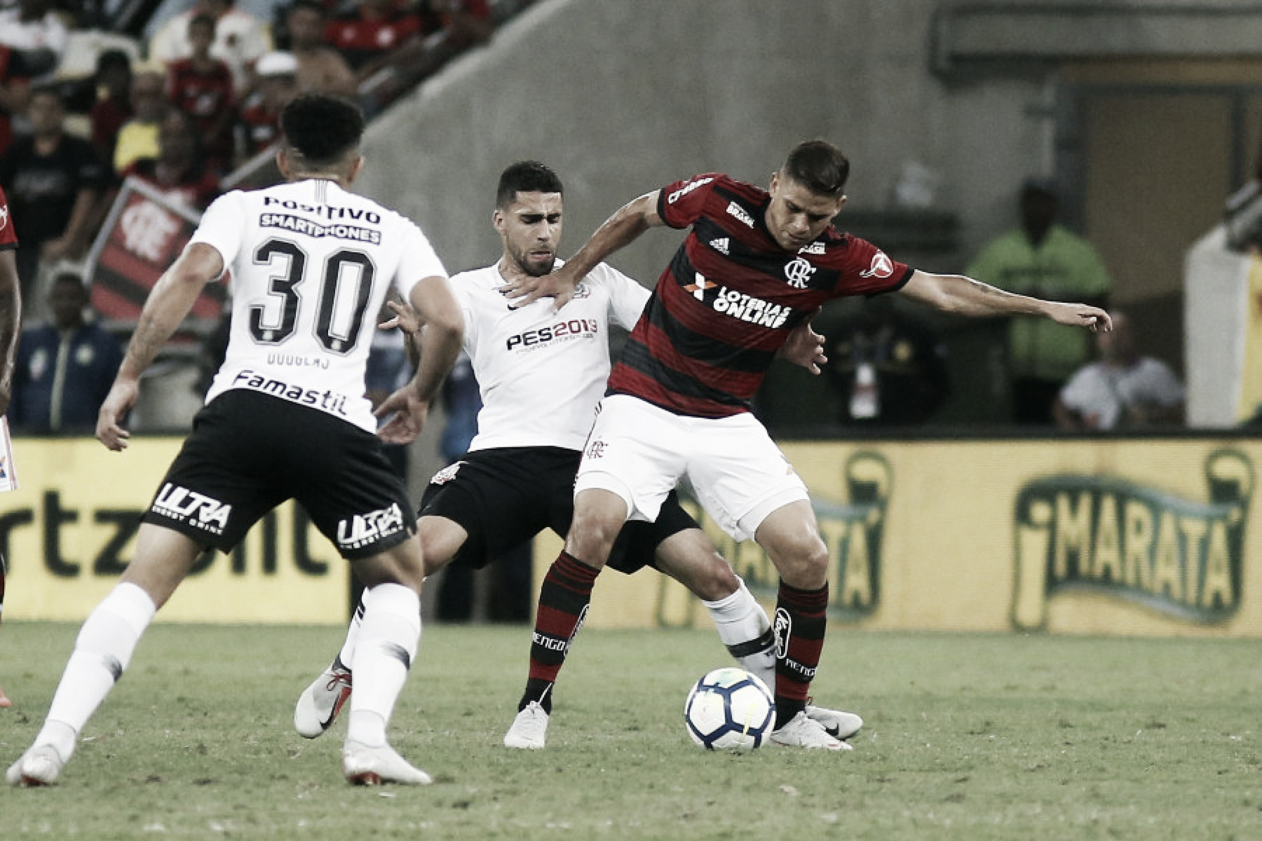 Flamengo pressiona, mas Corinthians segura empate sem gols no Maracanã