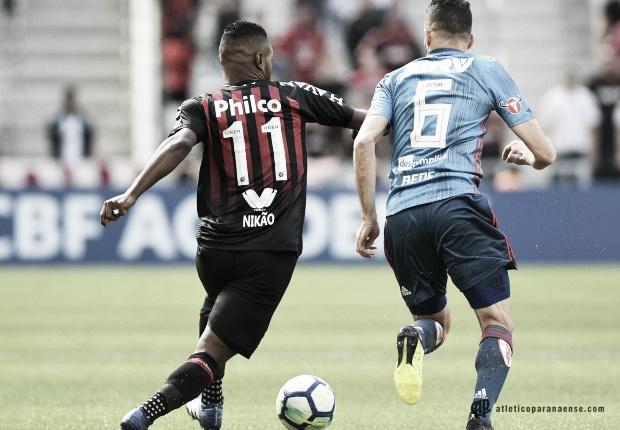 Flamengo recebe Atlético-PR com promessa de Maracanã lotado