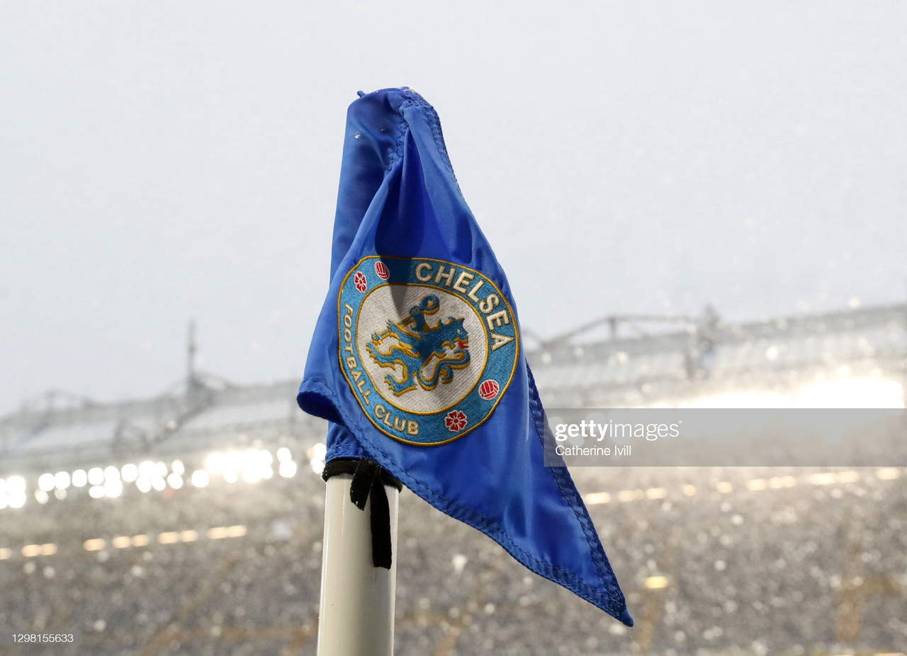 Detailed view of the Chelsea club badge on the corner flag prior to The Emirates FA Cup Fourth Round match between Chelsea and Luton Town at Stamford Bridge on January 24, 2021 in London, England. Sporting stadiums around the UK remain under strict restrictions due to the Coronavirus Pandemic as Government social distancing laws prohibit fans inside venues resulting in games being played behind closed doors. (Photo by Catherine Ivill/Getty Images)