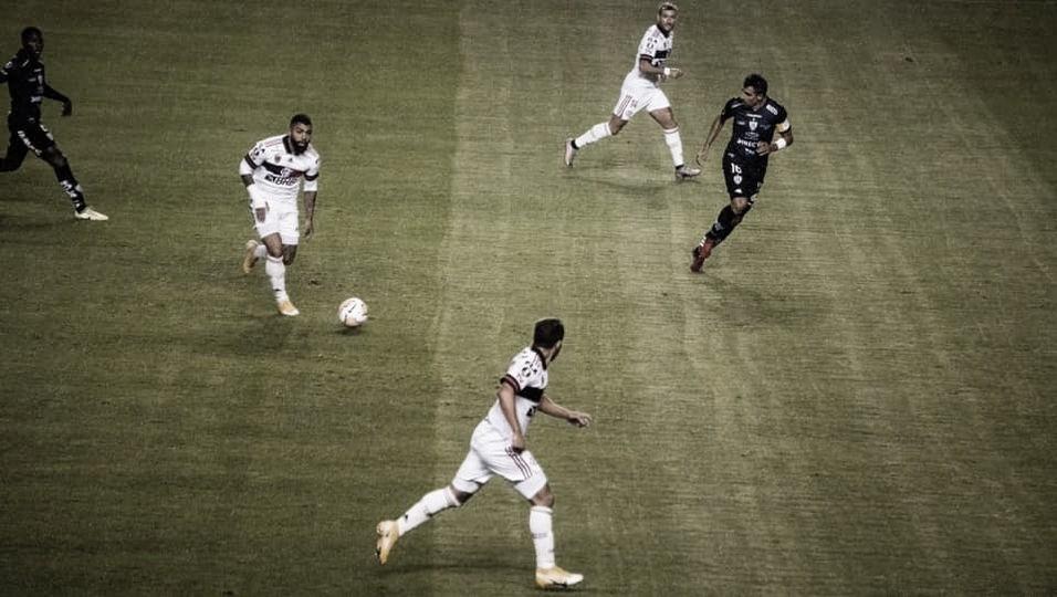Flamengo é irreconhecível e sofre goleada histórica do Independiente del Valle em Quito