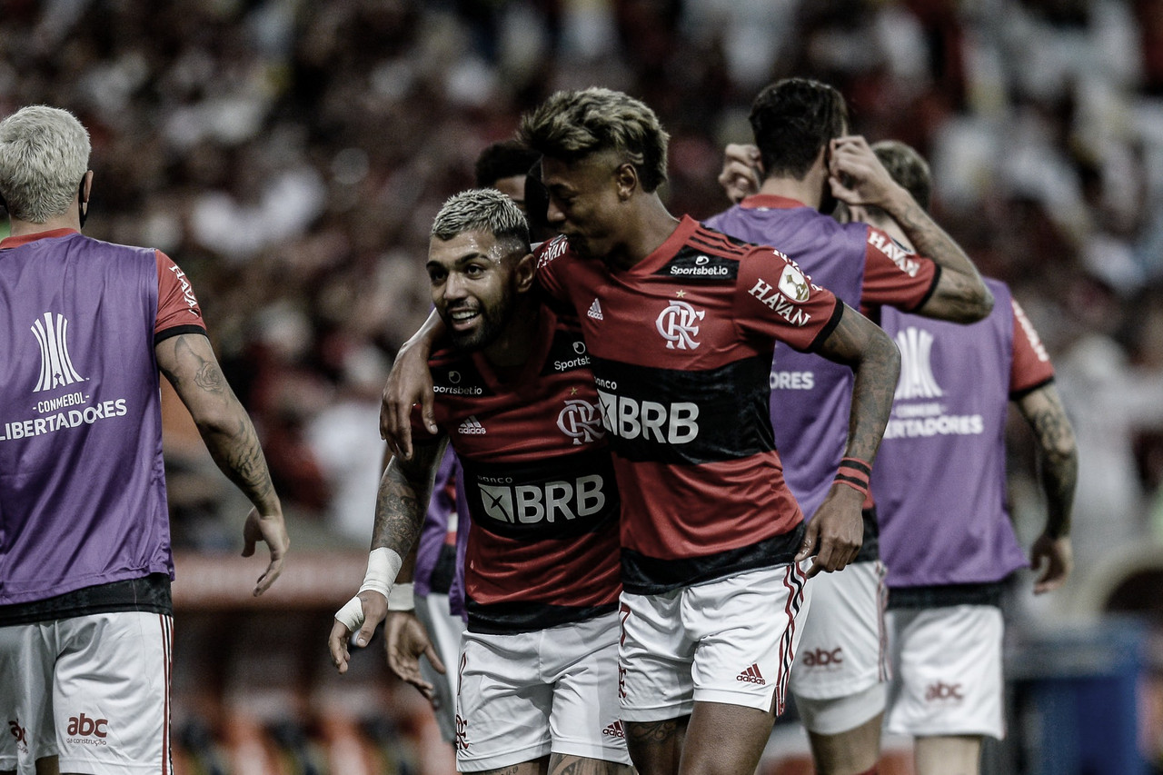 Flamengo vence Barcelona de Guayaquil e sai na frente por vaga na final da Libertadores