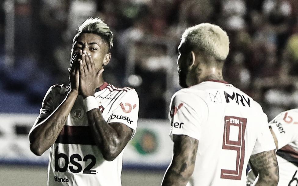 """Ausência de titulares e """"salto alto"""": o empate do Flamengo frente ao Goiás"""