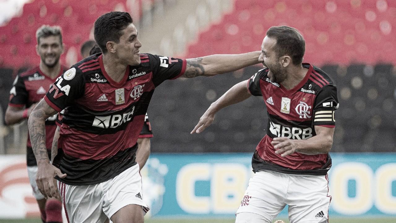 Seis jogos sem perder com três vitórias seguidas: Flamengo campeão toma forma