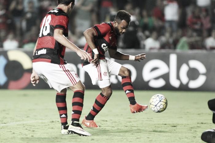 Zé Ricardo comemora vitória contra a Ponte Preta, mas admite atuação ruim do Flamengo