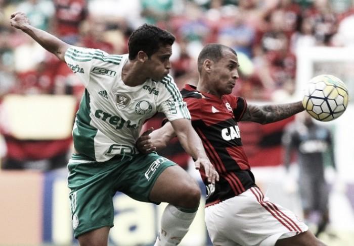 Embalados na briga pelo título, Palmeiras e Flamengo duelam em jogo mais esperado do Brasileirão