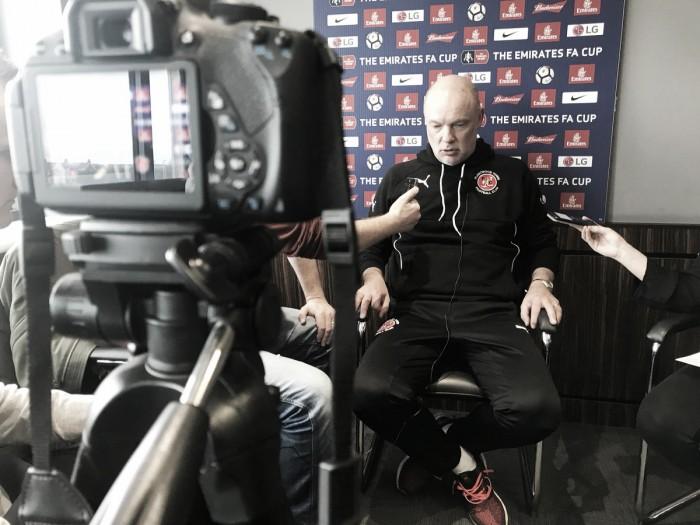 """Uwe Rösler: """"Tenemos que tomar el ejemplo del Liverpool"""""""