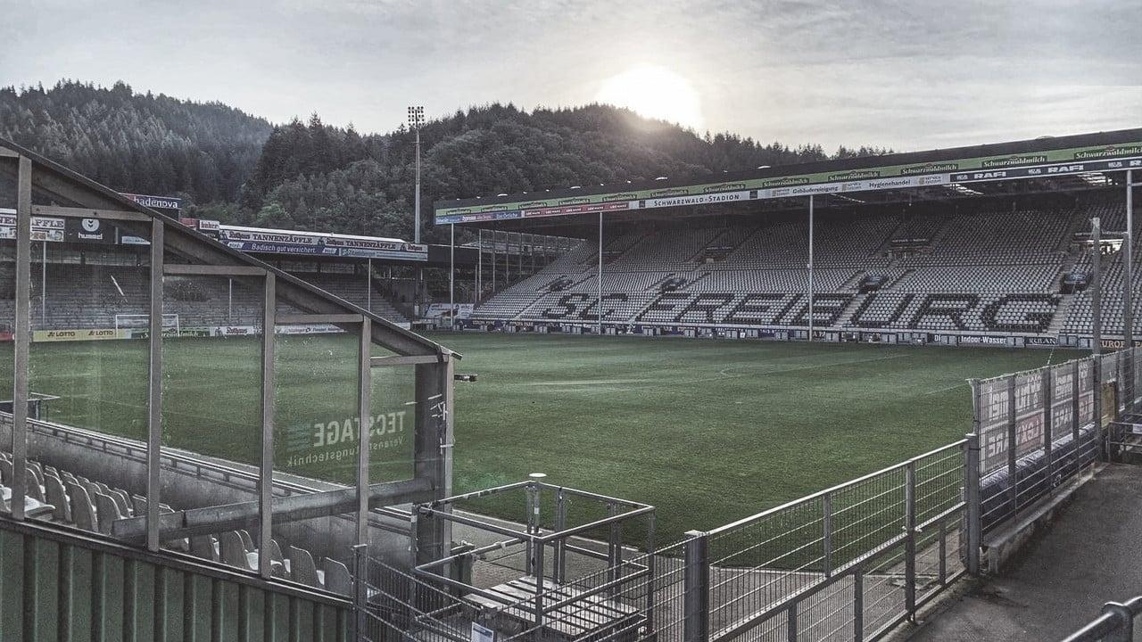 Em boa fase e na caça ao G-6, Freiburg encara o desesperado Werder Bremen