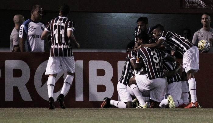 Com Fred apagado, Fluminense vira contra Atlético-MG e encosta no G-4