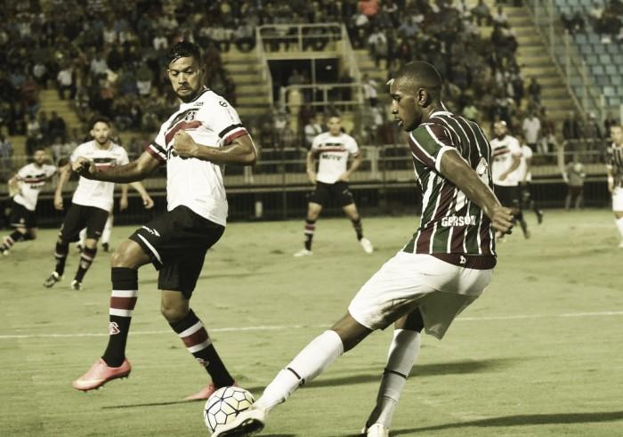 Fluminense e Santa Cruz empatam em jogo movimentado e arbitragem polêmica