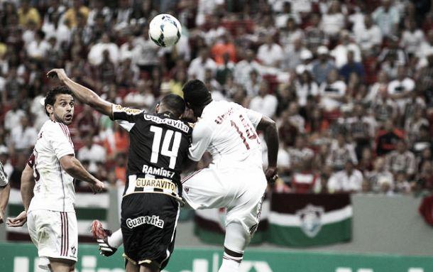 Botafogo derrota Fluminense e se afasta da zona de rebaixamento