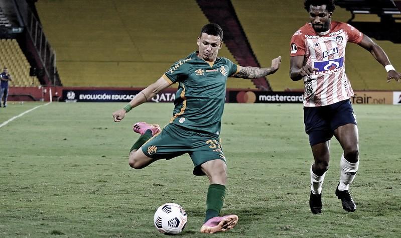 Fluminense encara Junior Barranquilla em busca de classificação
