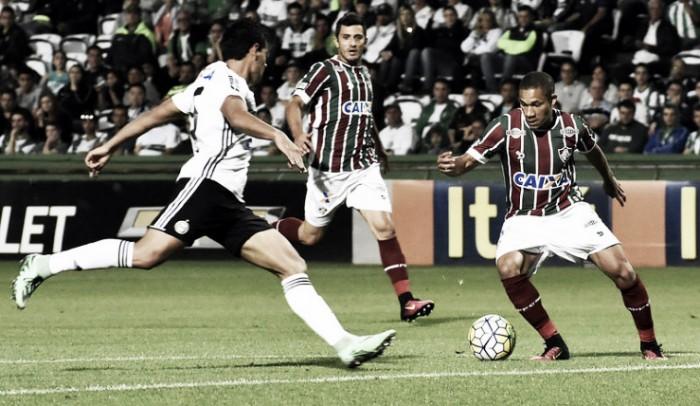 Fluminense e Coritiba realizam no Maracanã duelo para se afastar do descenso