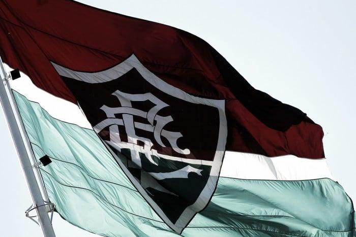 Fluminense quita parte dos quatro meses de direitos de imagem dos jogadores