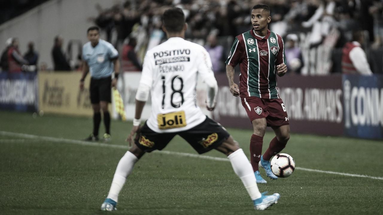 Sem muitas alterações, Fluminense e Corinthians decidem vaga no Maracanã