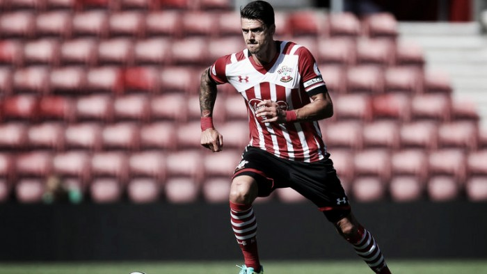 Jose Fonte to be offered new deal amid Manchester United interest