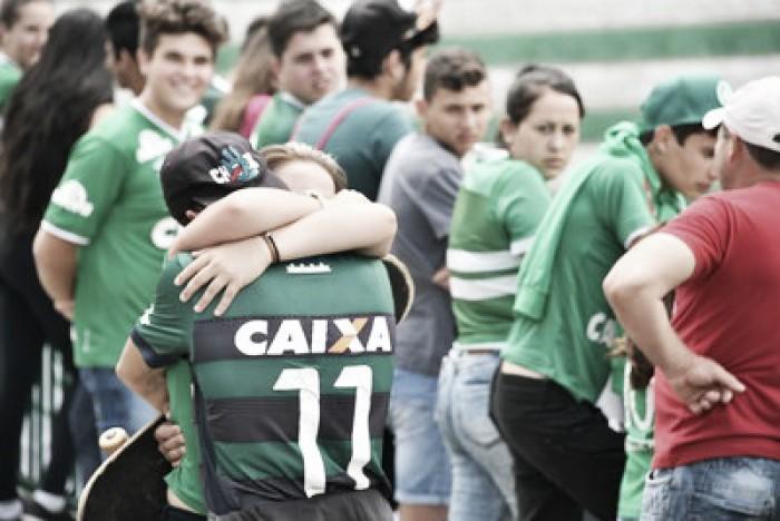 Velório dos jogadores ocorrerá na Arena Condá, segundo dirigente da Chapecoense