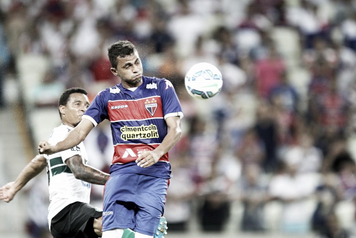 Fortaleza e Coritiba fazem confronto de favoritos ao acesso na Série B