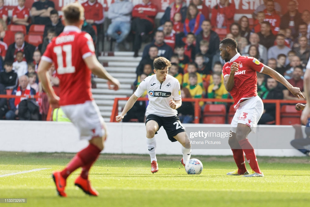 Nottingham Forest 2-1 Swansea City: Grandstand finish keeps Forest's playoff dreams alive