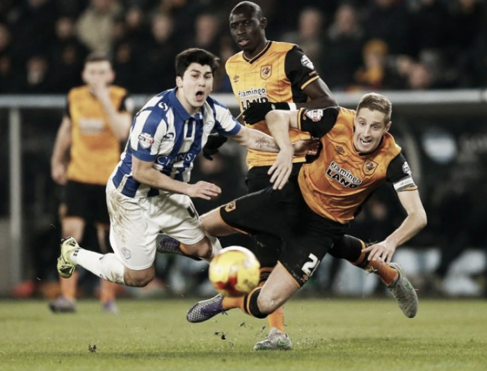 Hull City 0-0 Sheffield Wednesday: Ten man Wednesday hold on despite dismissal