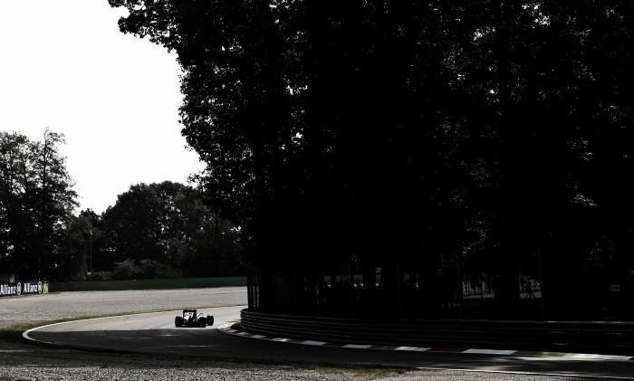 Italian GP 2016: Hamilton fastest in FP3 as Red Bull falter