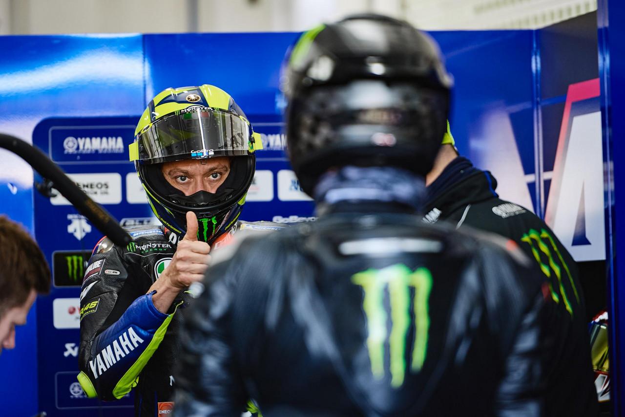 """Valentino Rossi: """"Petronas, incluso para mí, no me parece mala opción"""""""