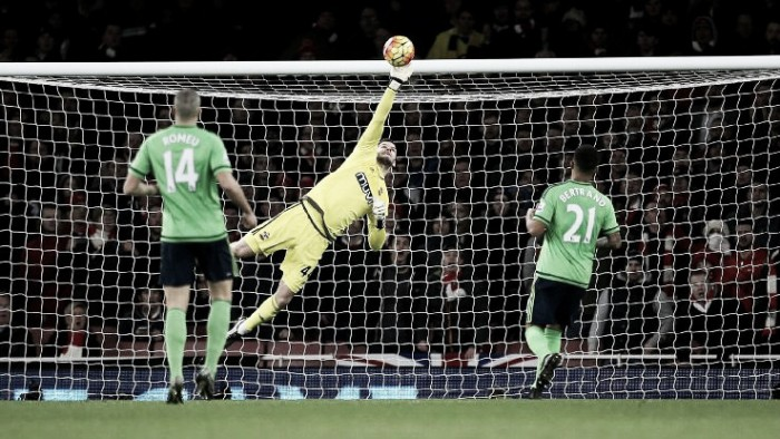 Fraser Forster looks to beat Saints clean-sheet record