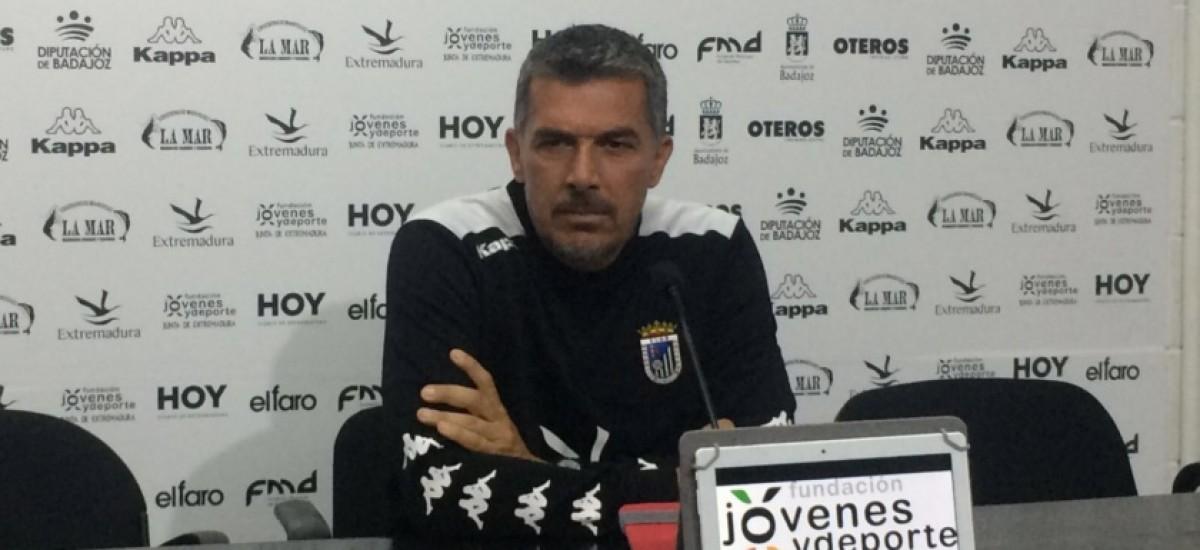 Juan Marrero no continuará al frente del CD Badajoz