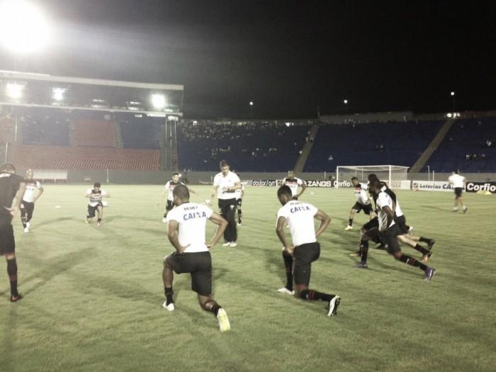 Atlético-GO vence Londrina fora de casa e está de volta à Série A