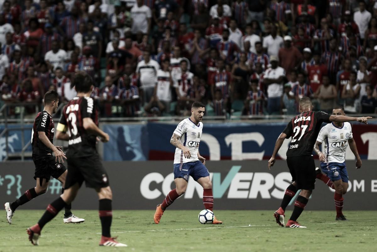 Em jogo movimentado, Bahia e Atlético-PR empatam sem gols na Fonte Nova