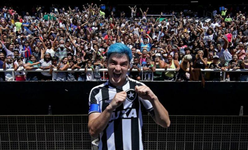 Felipe Neto recusa convite para ser diretor de comunicação do Botafogo