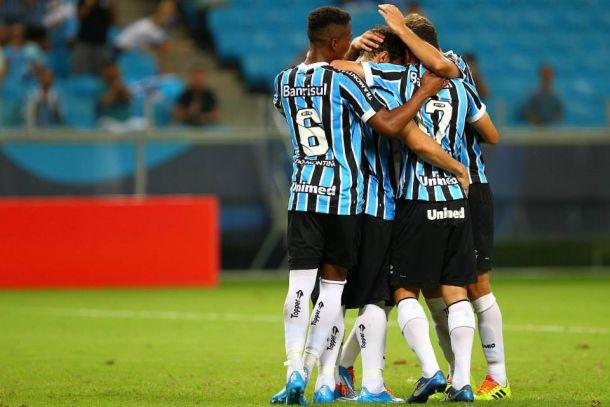 Na estreia dos titulares no Gauchão, Grêmio goleia Aimoré