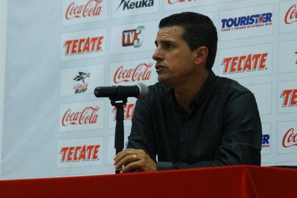 Ricardo Valiño tiene contemplada la base para el Clausura 2015