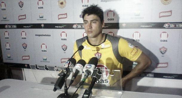 Pedro Oldoni rescinde com o Vitória e assina com clube da Turquia
