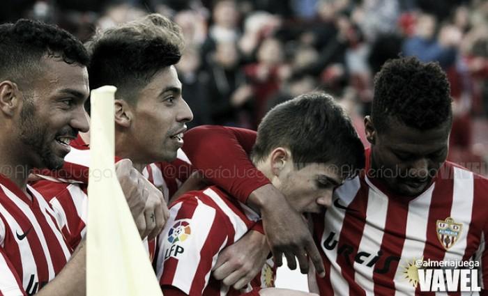 Fotos e imágenes del Almería 1-0 Albacete, jornada 27 de la Liga Adelante