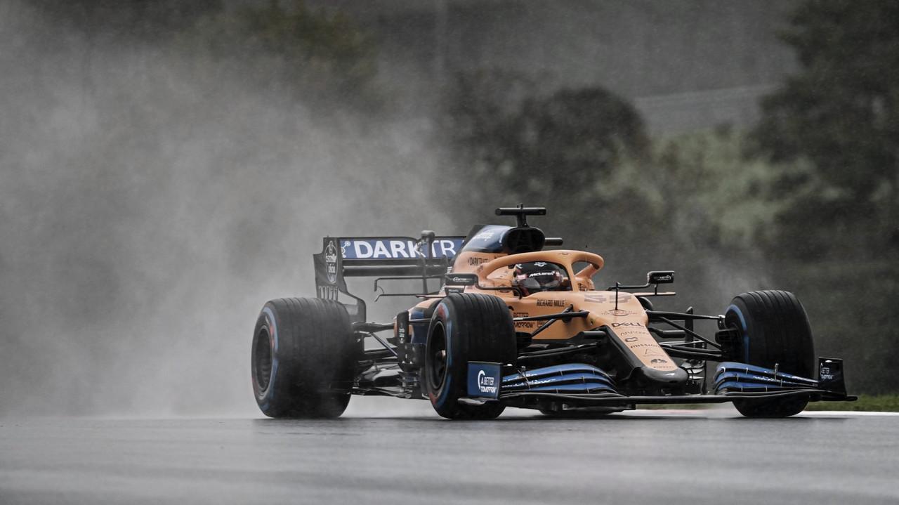 Carlos Sainz en los Libres 3: Fuente: McLaren