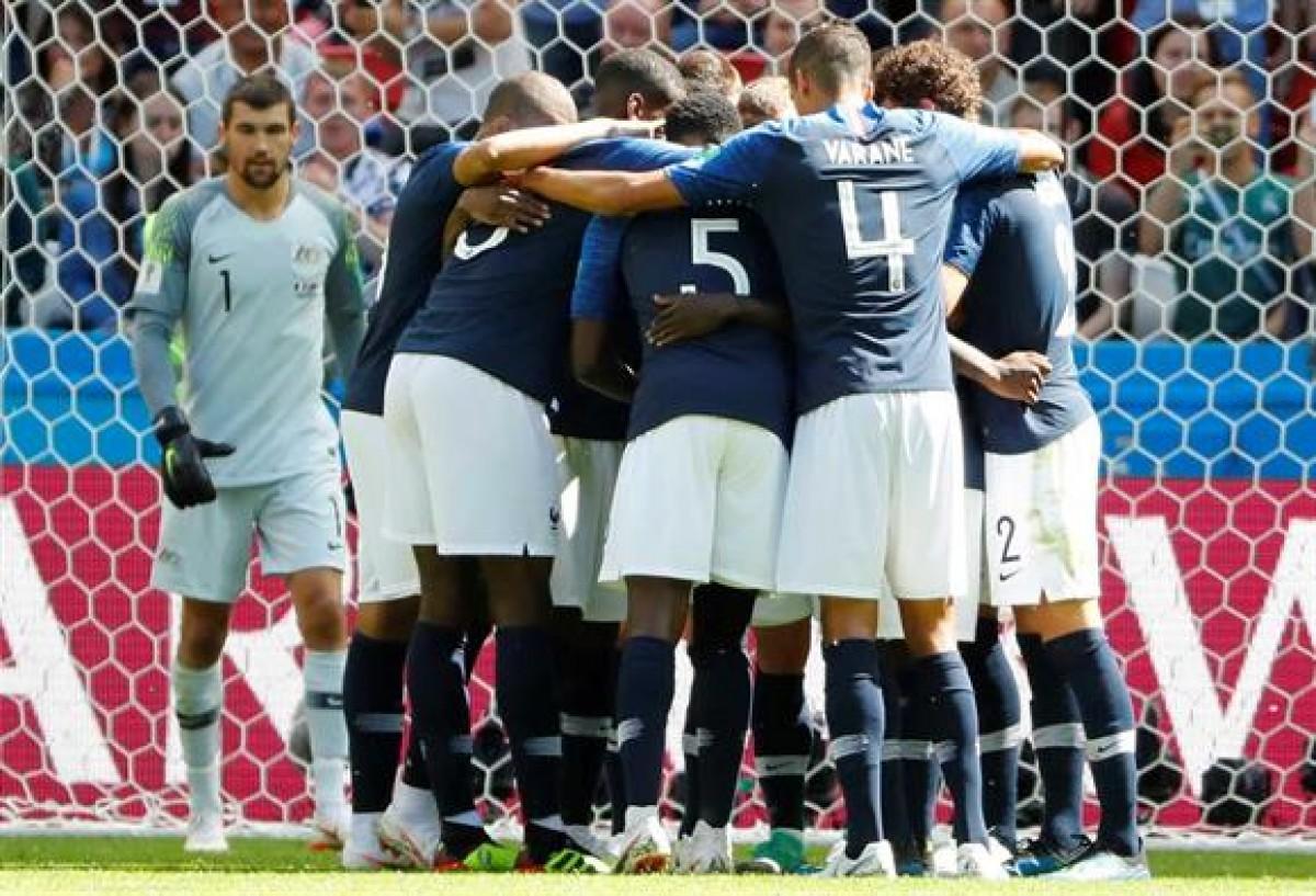 A França vence, mas não convence