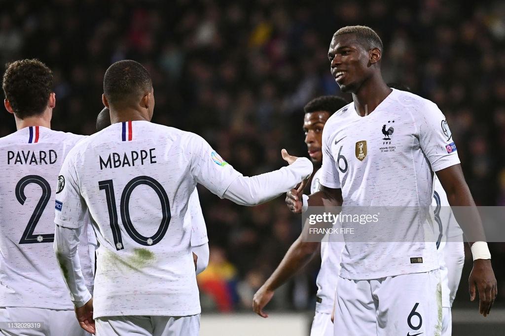 Moldova 1-4 France: Les Bleus ease to victory