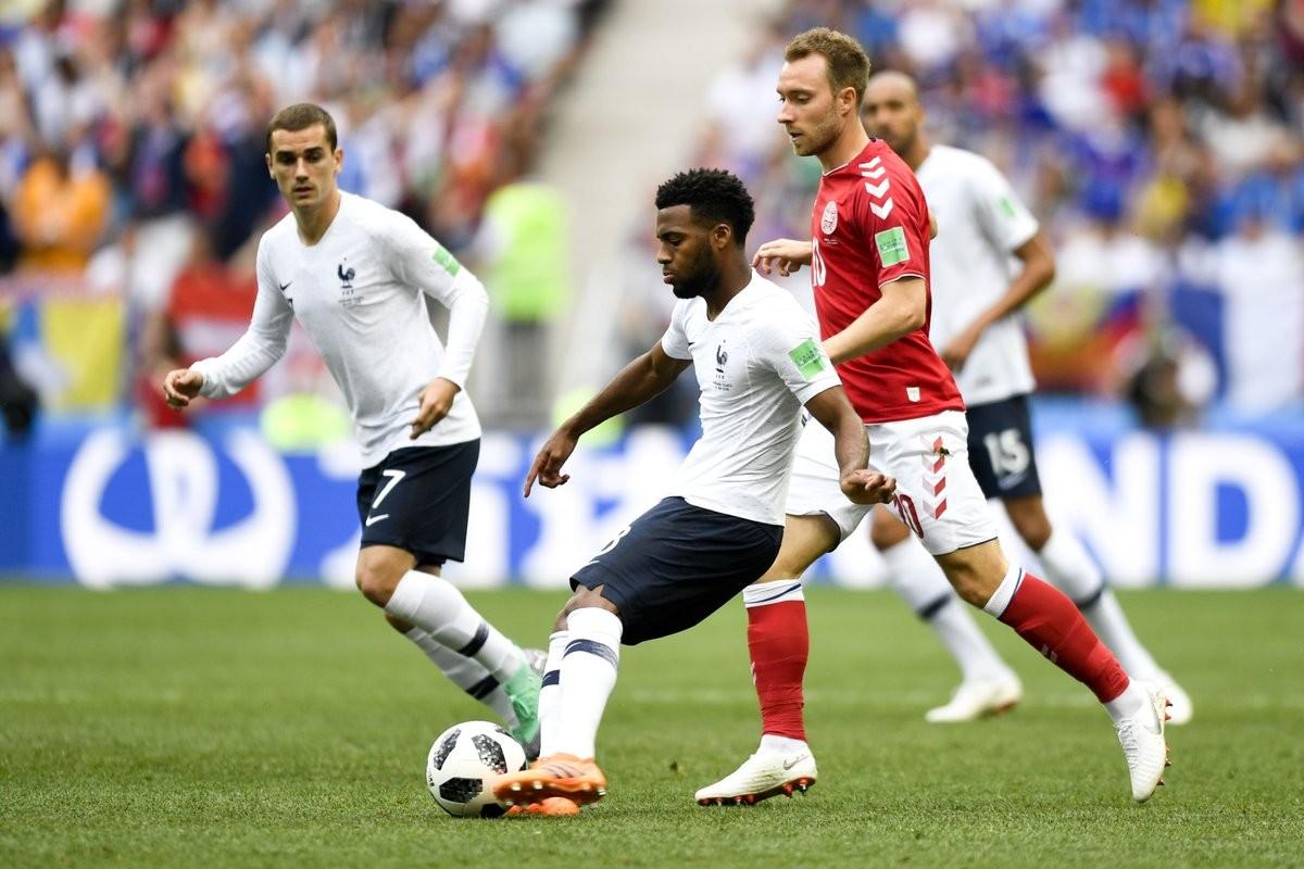 Russia 2018 - Francia e Danimarca non si fanno male: 0-0 ed entrambe agli ottavi