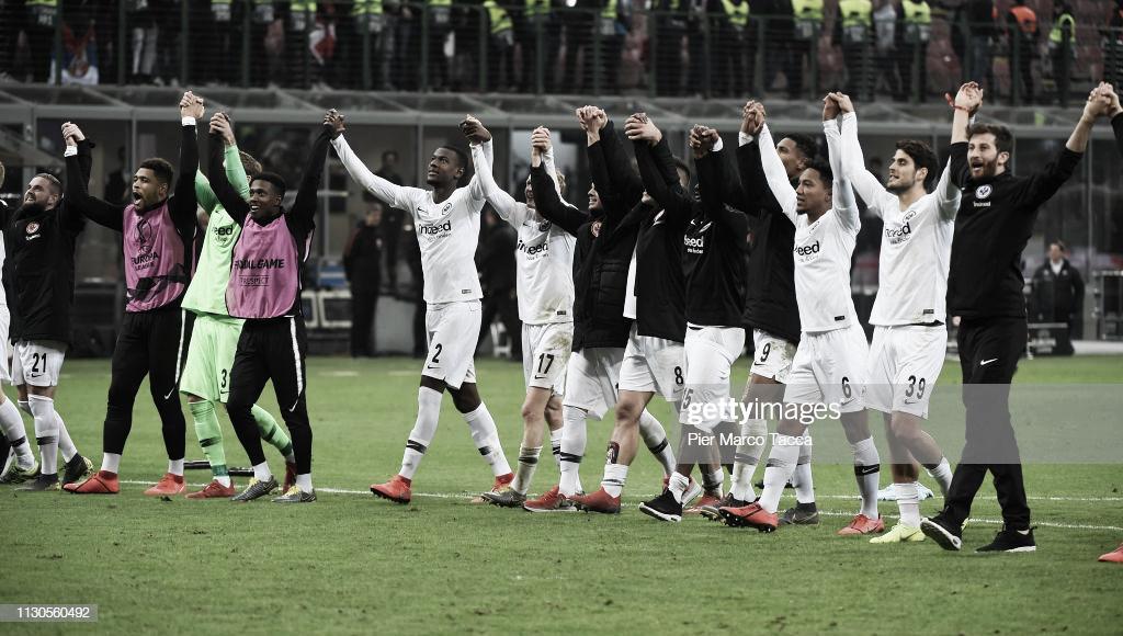El Eintracht Frankfurt continua su sueño Europeo frente al Benfica