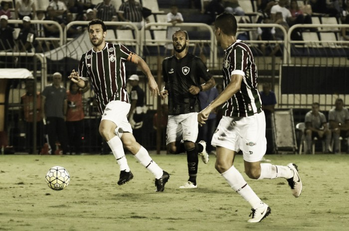 Fluminense supera Botafogo com gol de Fred e vence primeiro clássico no ano