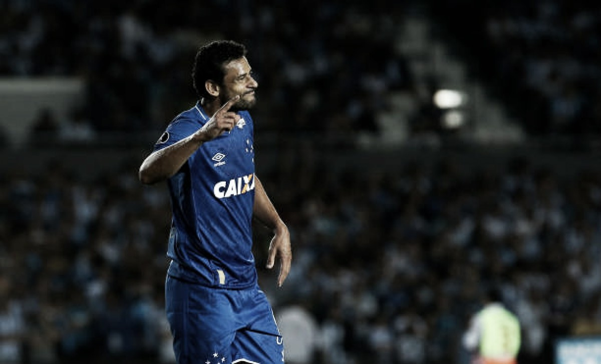 Cruzeiro vence o Galo e garante liderança do Mineiro