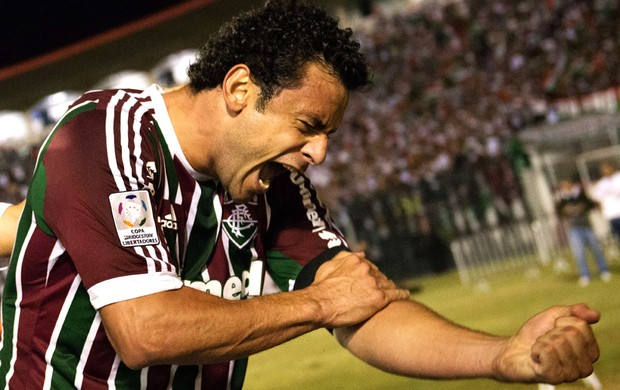 Fred marca, Fluminense vence e se classifica para as quartas de final