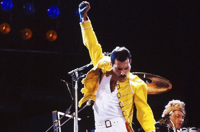 """I won't be a rock star, I will be a legend"": 70 anni fa nasceva Freddie Mercury"